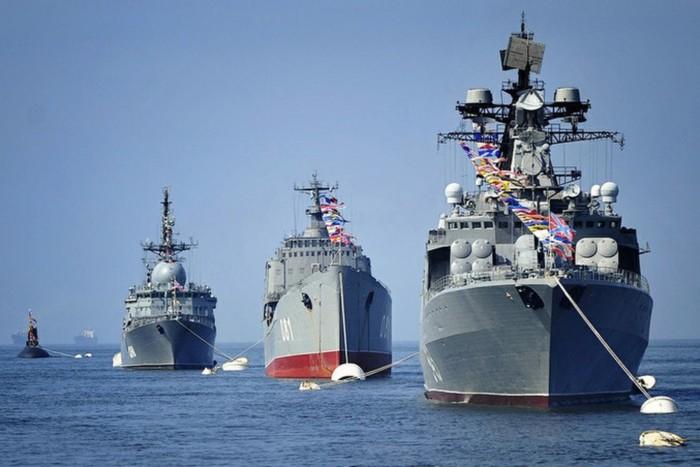 Традиции празднования Дня ВМФ России